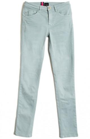 美臀彈性窄管牛仔褲
